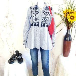 Zara adorable peplum shaped shirt tassel detail